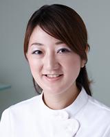 歯科医師 : 桜井 由美子